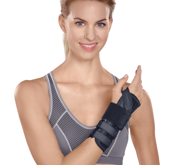 Manu Hit_Carpal Tunnel Wrist Brace SporLastic Germany